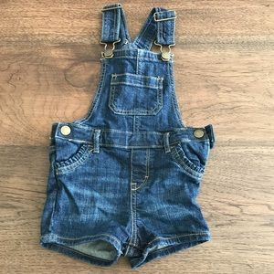 Baby Gap girl size 18-24 mos denim overall shorts